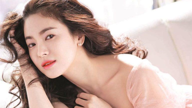 Cách rửa mặt đúng cách chuẩn sao Hàn cho làn da đẹp mịn màng.